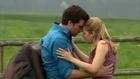 Bacio appassionato tra Marlene e Konstantin