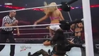 Kelly Kelly stinkfaces Rosa Mendez
